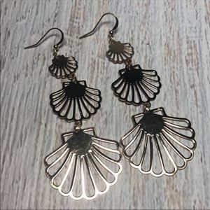 Beachy three-tier Seashell Goldtone Earrings